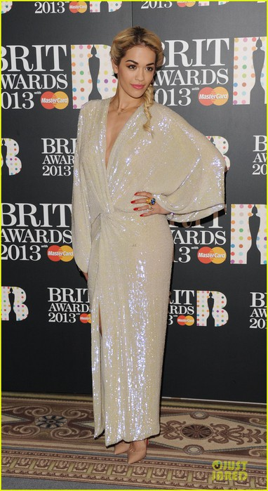 rita-ora-brit-awards-nominations-announcement-01 (382x700, 90Kb)