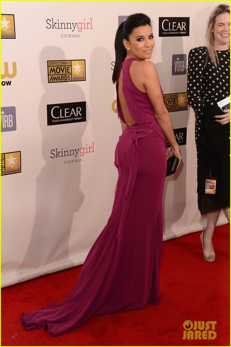 eva-longoria-critics-choice-awards-2013-red-carpet-08 (466x700, 69Kb)