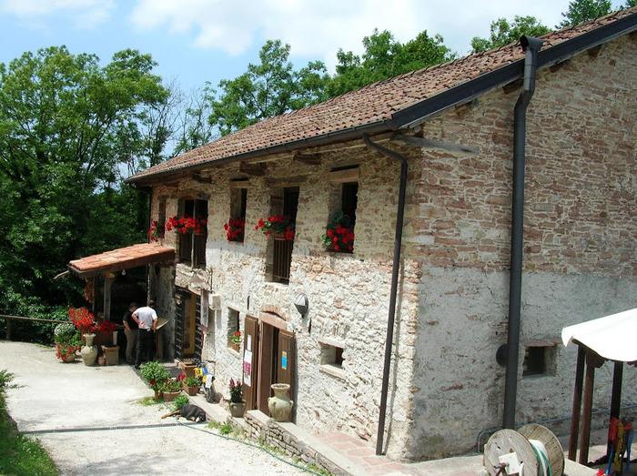 Замок Зумелле - Castello di Zumelle 21019