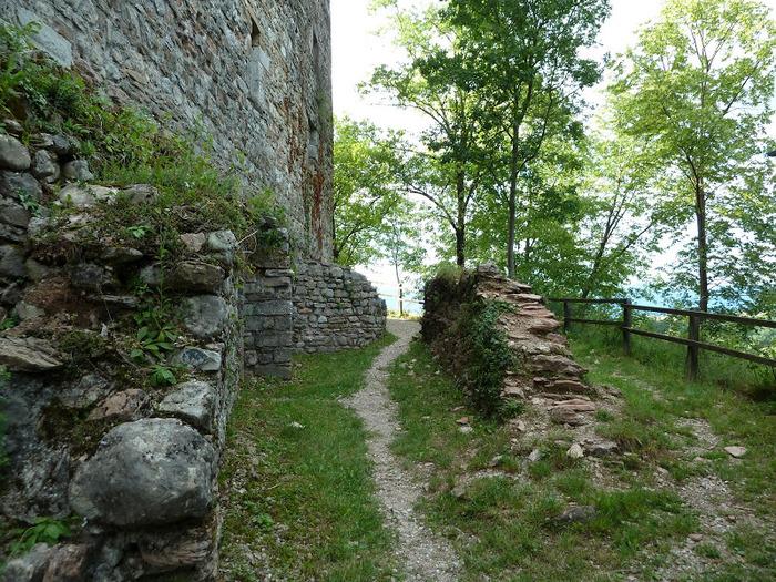 Замок Зумелле - Castello di Zumelle 76781