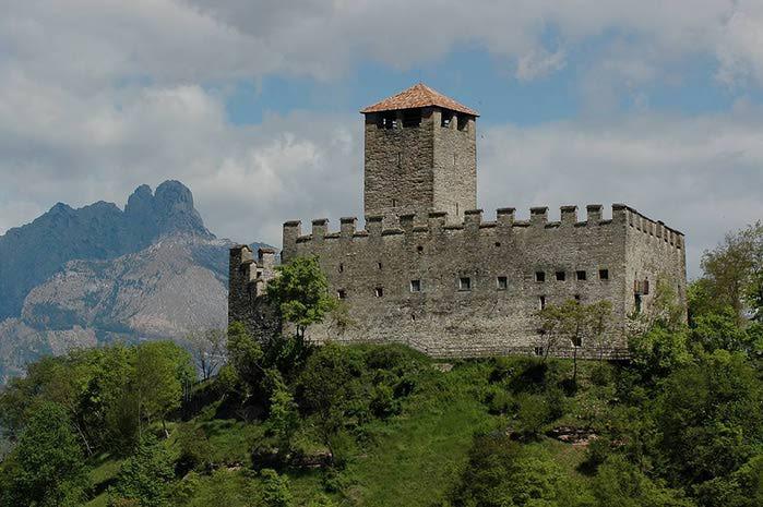 Замок Зумелле - Castello di Zumelle 58034