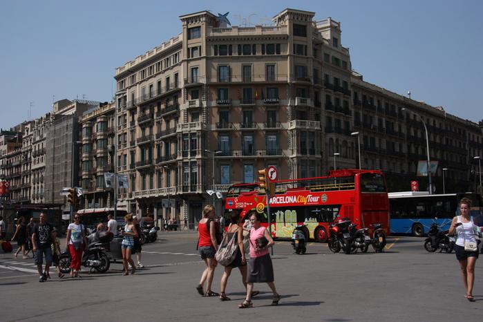 Spain-Barcelona-excursion bus-2012-Изображение 038 (700x466, 213Kb)