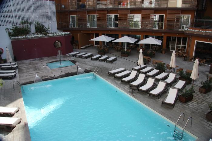 Spain-Costa Brava-Fergus Plaza Paris-Hotel-2012-Изображение 1151 (700x466, 223Kb)