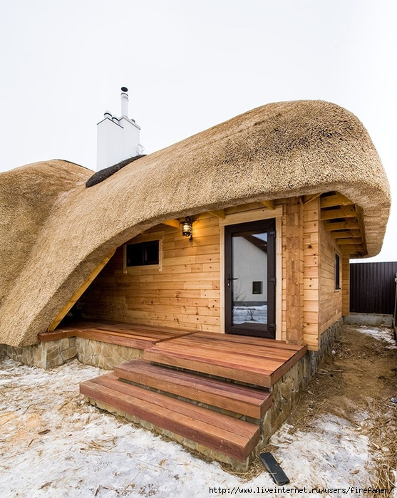 Соломенная крыша
