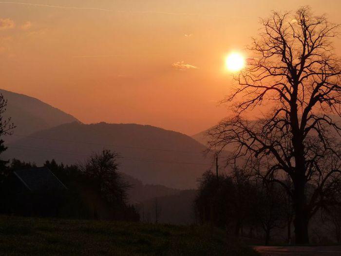 Утро в альпийской деревне1 (700x525, 42Kb)