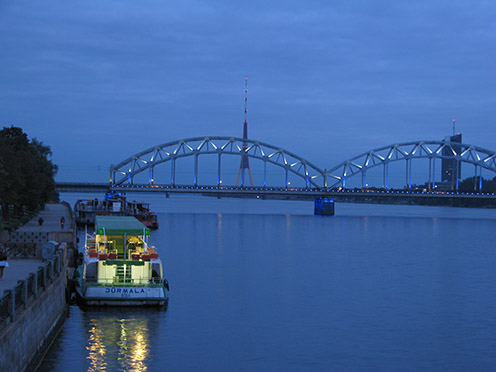 Латвия, Рига, Старая Рига, вечер в Риге, вечерняя Рига/4083456_5 (496x372, 56Kb)