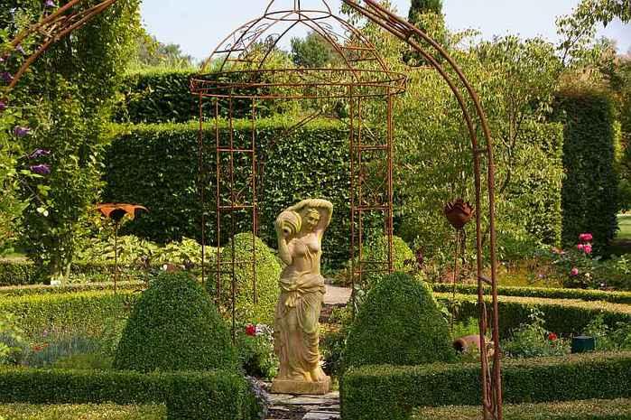 Бад Цвишенан : Park der Garten 95411