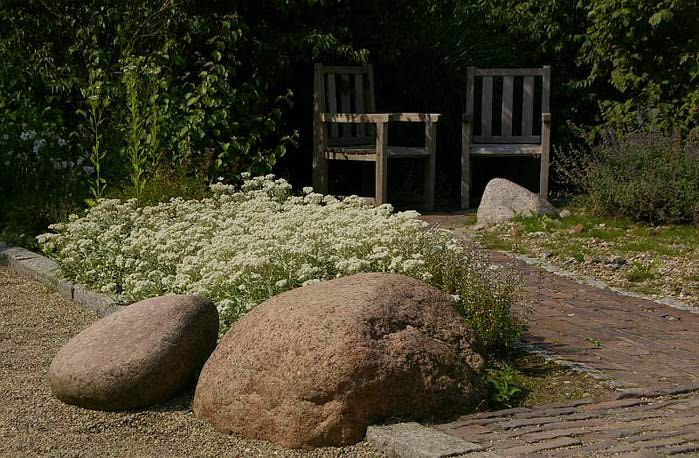 Бад Цвишенан : Park der Garten 36893