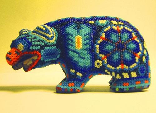 800px-Huichol_Bead_Art_Blue_Bear (500x363, 76Kb)