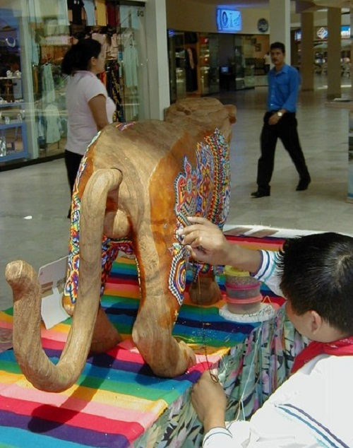 Традиционное творчество индейцев Уичоли 96270607_Huichol_bead_work_3