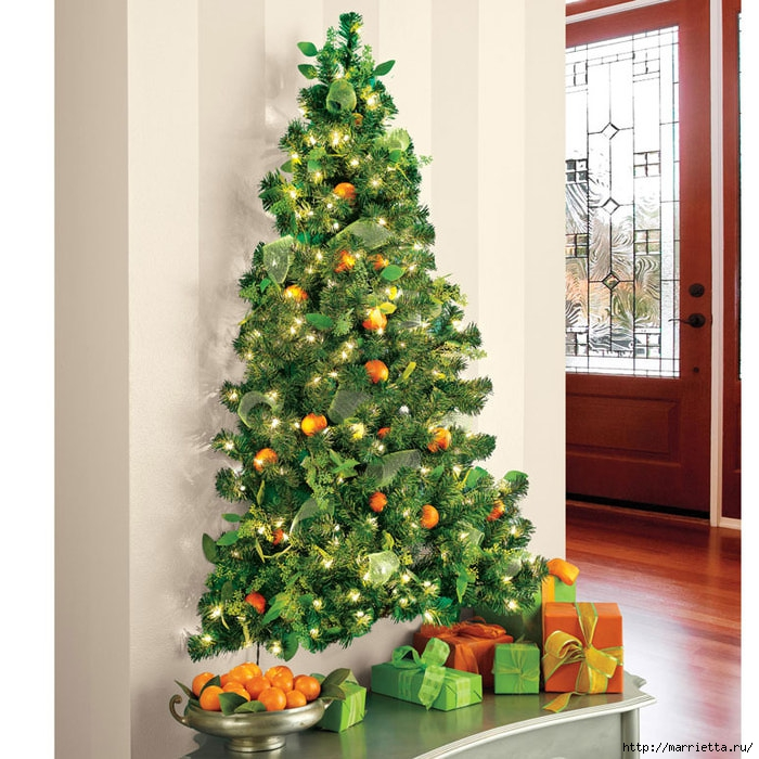 wall-hanging-pre-lit-christmas-tree-xl (700x700, 299Kb)