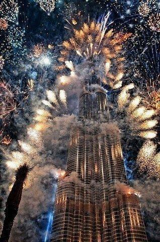 Новый год в Дубае, ОАЭ (318x480, 69Kb)