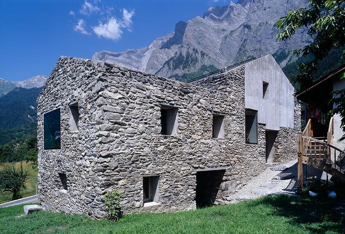 домик в горах фото (700x475, 253Kb)
