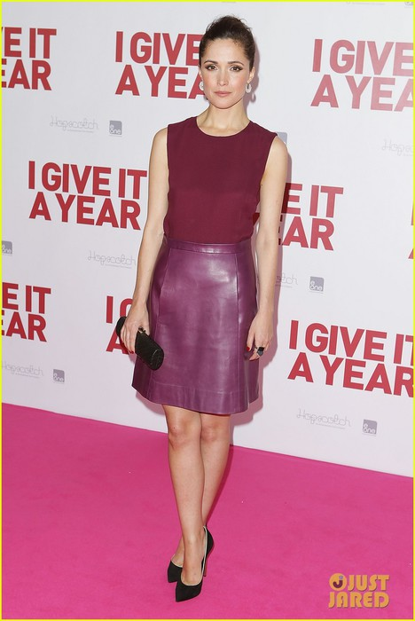 rose-byrne-i-give-it-a-year-sydney-premiere-01 (468x700, 67Kb)
