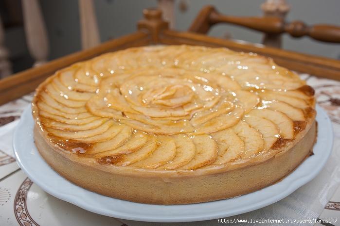 Простой-яблочный-пирог (700x466, 225Kb)