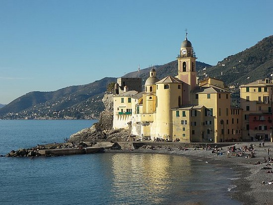 camogli_church_liguria-italy (550x413, 72Kb)