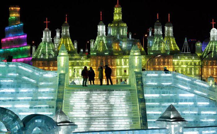 фестиваль ледяных скульптур харбина 7 (700x434, 67Kb)