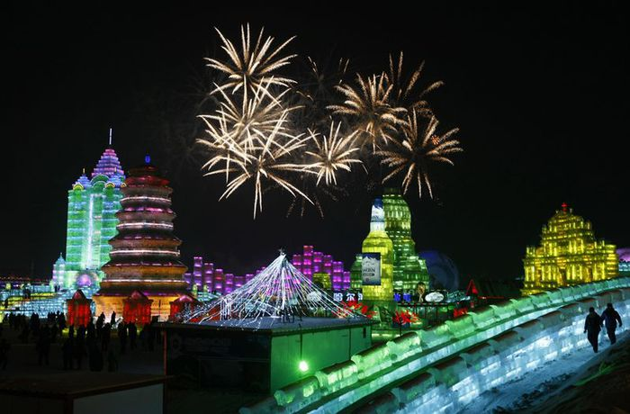 фестиваль ледяных скульптур харбина 12 (700x460, 60Kb)