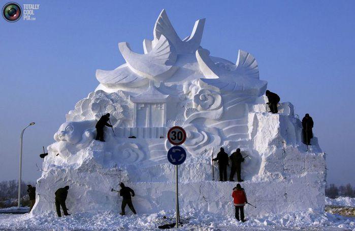 фестиваль ледяных скульптур харбина 14 (700x456, 50Kb)