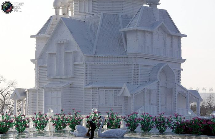 фестиваль ледяных скульптур харбина 16 (700x452, 52Kb)