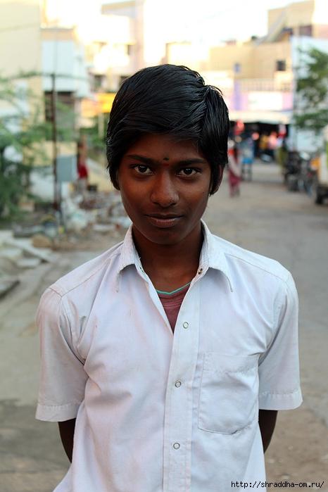 Индия, Тируваннамалай, люди, 2 (466x700, 207Kb)