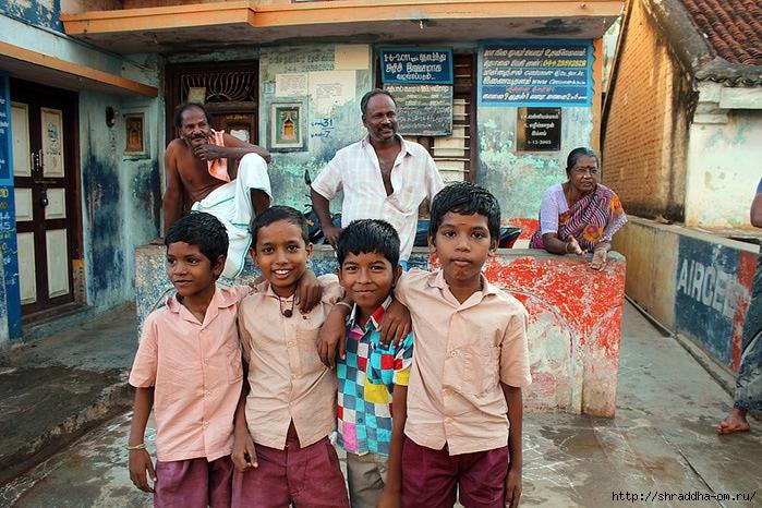 Индия, Тируваннамалай, люди, 4 (700x466, 321Kb)
