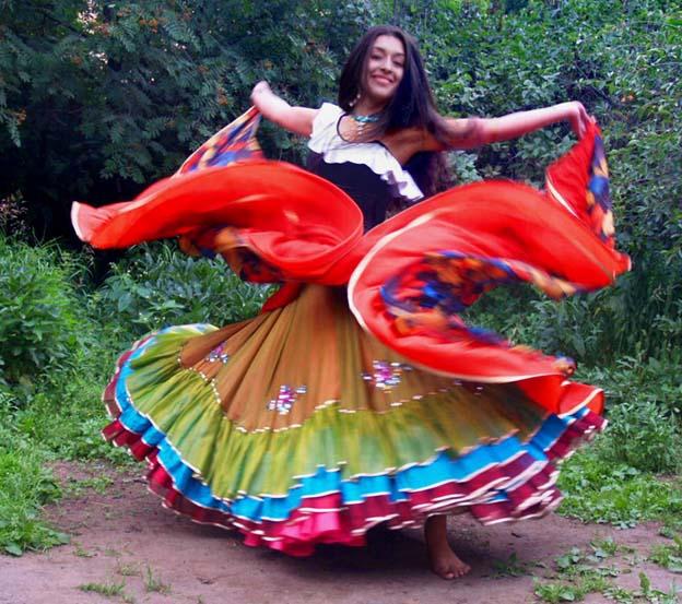 Цыганский танец. Патрина Шаркози. Галерея 1