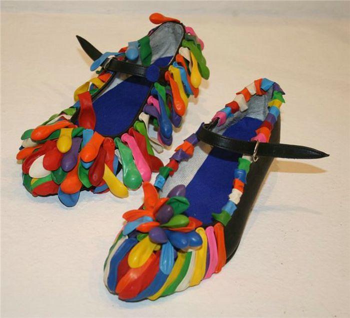 Смешная обувь со всего света 12 (700x636, 53Kb)