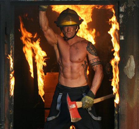 Фото пожарников стриптизеров фото 676-958