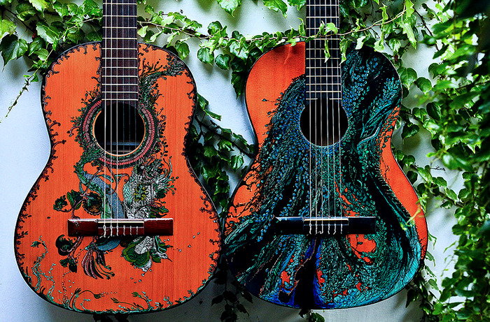 Ink_Illustrations_Guitars_1 (700x461, 299Kb)