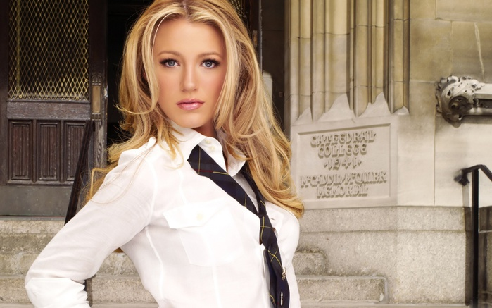 ws_Hot_Blake_Llively_1280x1024 (700x437, 111Kb)