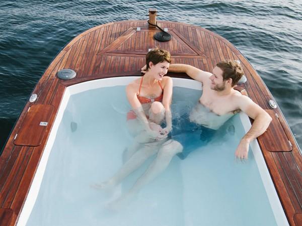 Hot Tub Boat лодка джакузи 1 (600x450, 71Kb)