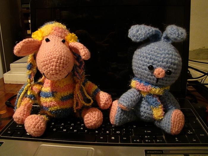 Описание: Мишка крючком - Вязание для детей и взрослых! .  Мишки крючком схемы Бесплатные. вязаные носков.