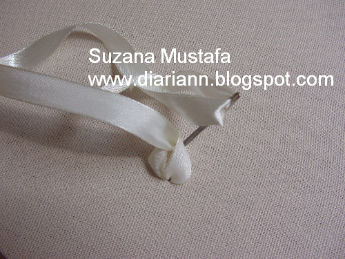 вышивка лентами-мастер класс-цветы (500x375, 150Kb)