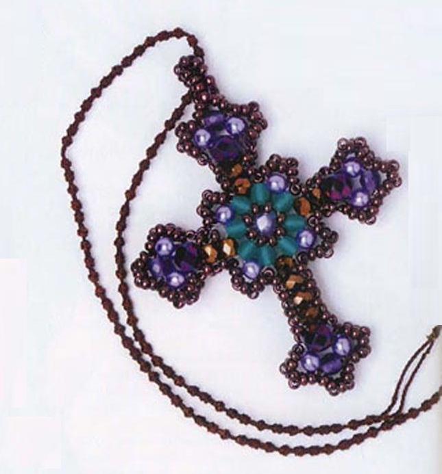 Нательный крестик из бисера своими руками
