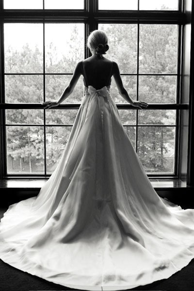 Discount Long Sleeves Wedding Dress With Bow Sash Open