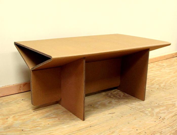 мебель из гофрированного картона Chairigami 4 (700x535, 97Kb)