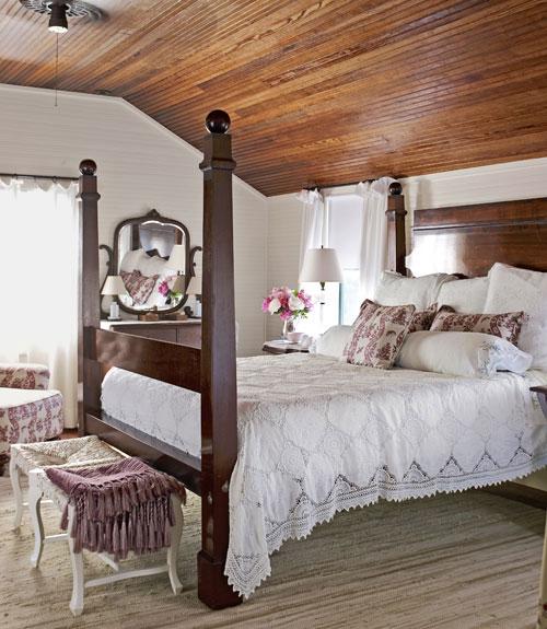 Дизайн интерьера спальни на даче