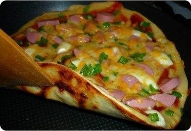 пицца на сковороде (390x268, 26Kb)