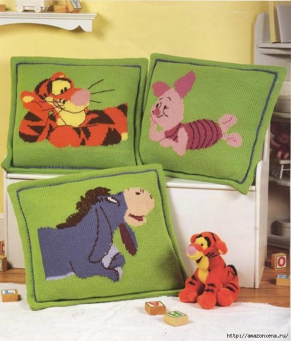 Детские вязаные подушки с героями мультфильмов