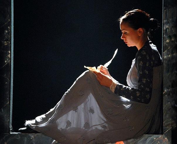 Федор Тютчев - Она сидела на полу, письма, старинные письма,стихи о письмах
