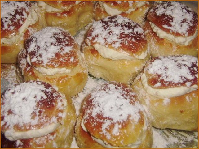 Масленичные эстонские булочки со взбитыми сливками/3414243_54925155_x_0e94a1a3 (642x482, 142Kb)