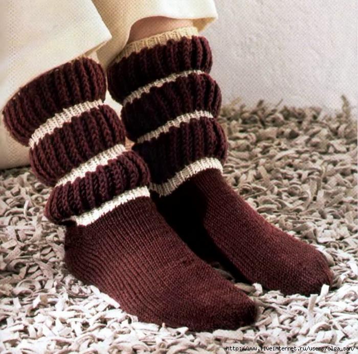 Образец вязания носков на спицах