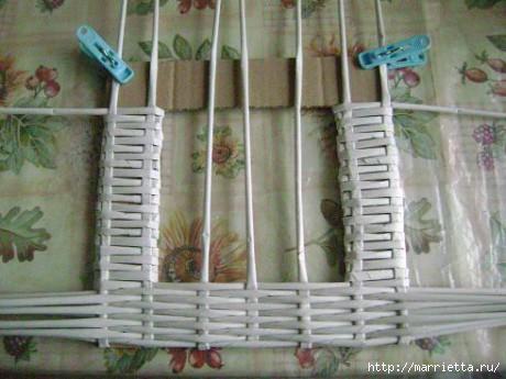 Рамки для фото из газетных трубочек своими руками