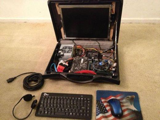 Игровой компьютер портфель. Фотографии Фотографии