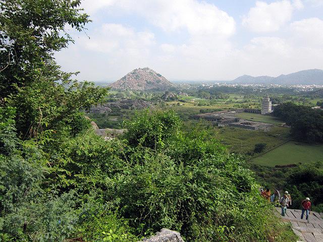 Крепость Джинджи, Индия, 52 (640x480, 394Kb)