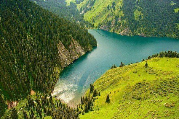 Озеро Кульсай (Мынжылгы), Казахстан (604x403, 79Kb)