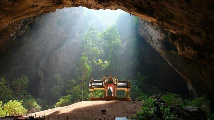 Пещера Пхрая Након, Таиланд (700x393, 44Kb)