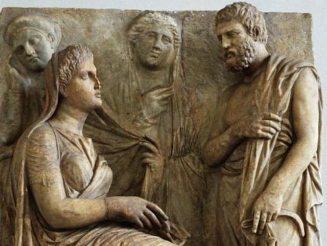 В древнем Риме у супругов было раздельное имущество и при разводе, жена вме
