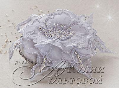 2fc4219446-svadebnyj-salon-podushechka-dlya-kolets-n9219 (403x300, 38Kb)
